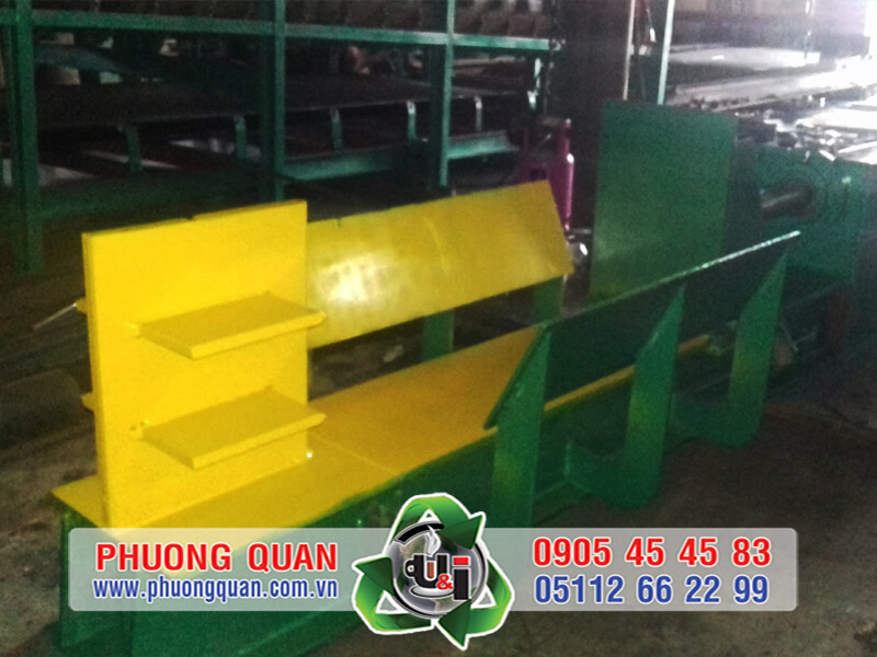 Máy chẻ củi tại Đà Nẵng